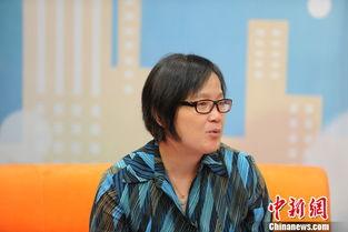 ...中新网健康频道视频访谈间     摄 -专家 我国40岁前绝经女性比率升...