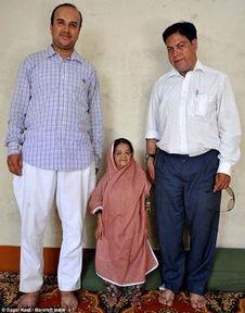 印度113岁老太太仅90厘米高或创记录