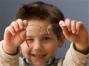 矫正视力的眼镜管用吗 近视矫正眼镜有用吗
