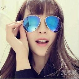 金框眼镜适合什么人 金框眼镜适合什么肤色