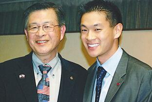 转载 26岁同性恋帅哥当选美最年轻华裔市长