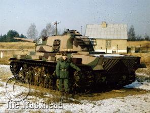 ...美国M60A1坦克的是苏联IS-2/IS-3重型坦克,除了履带和负重轮已经...