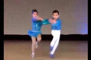 视频名称:幼儿舞蹈 儿童交谊舞 两小朋友的双人炫酷舞蹈-幼儿舞蹈 ...