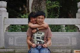 沈阳原名沈鹤,他的老婆兼搭档叫沈春阳.-小沈阳和妻子亲密照曝光 ...