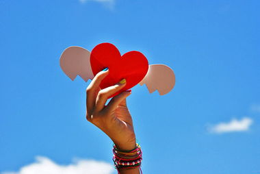 人生的幸福美满其实就是一种感觉,一种心情.你是欢欣鼓舞、轻松快...