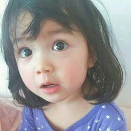 表情 小女孩嘟嘴卖萌表情包 飞行网 表情