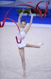 第十二届全运会艺术体操个人全能决赛,广西队选手邓森悦以71.55分...