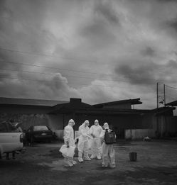 直面 死神 埃博拉
