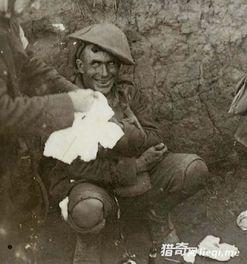 感动 八张催人泪下的战友情谊历史老照片 3