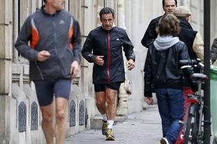 ...更多的是青年男女,甚至还有孕妇.法国人热爱跑步,?-法国前总统...