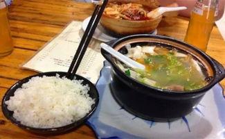 料足、味正,有排骨、鸡肉、丸子,等各个砂锅,砂锅种类异常丰富,...