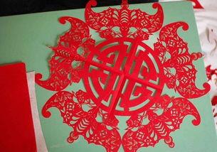 小红花剪纸步骤图解