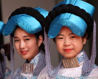 实拍来自四川大凉山的彝族美