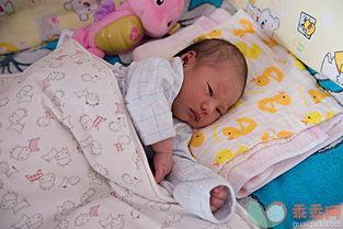 新生儿很多 异常 不是病