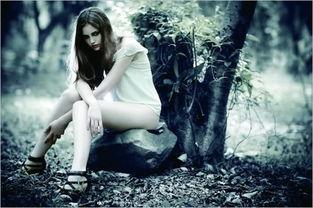 森林里的爱丽丝 如何在树林里拍出神秘人像摄影作品