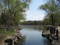 北京大学校园20日起须凭证进入 东南门已封闭