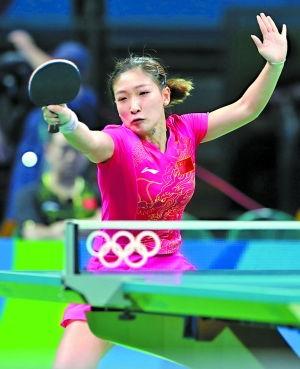 中淘汰了神秘的朝鲜女乒,广州籍世界冠军刘诗雯继昨天的1/8决赛之...