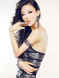 """... 因""""兔女郎""""照片而走红的李颖芝,被誉为""""最优美曲线模特"""