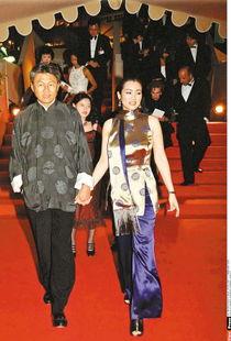 ...港媒报道,现年44岁的国际影星巩俐(在线看影视作品),跟结婚14...