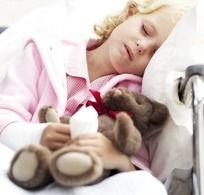 睡着的小女孩抱着小熊图片素材下载 721857