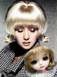 经典SD娃娃明星也爱 看女星戴假发扮SD娃娃