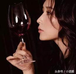 会喝酒的男人有魅力,会喝酒的女人是啥样的