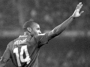 ...:亨利让红蓝军重回起点-4轮5球 爱情让亨利复活