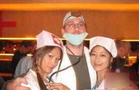 我被外国人操逼-中国女人见到老外就疯狂