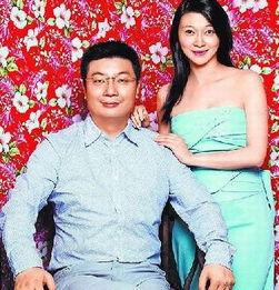 凤凰卫视女主播陈玉佳去年嫁给了身家超过35亿元的分众传媒总裁江南...