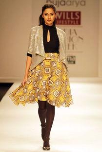 Puja Arya女装2010 2011秋冬系列发布
