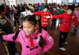 我是民工娃,我在上海读书很快乐!-纪念改革开放30周年专题