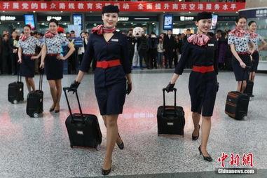 各地机场美丽空姐大跳快闪舞亮瞎人眼