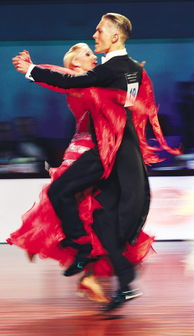 ...威舞者的探戈舞激情四射-激情舞步旋出动人故事