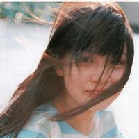 长发女生微信个性头像图9-关于长发的个性头像