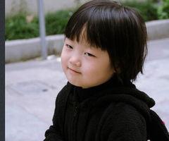 可爱儿童波波头发型图片 2