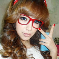戴眼镜的长发女生头像高清图片