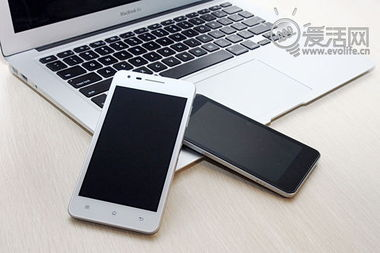 OPPO白色版Finder手机高清图赏析