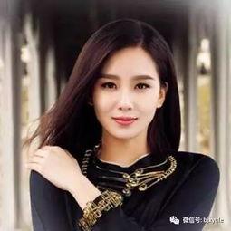 演女主角,为了好听和便于记忆,平江锁金特意将她的艺名取为