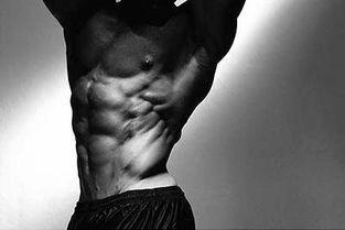 腹肌撕裂者 健身肌肉训练撕裂者如何增大肌肉