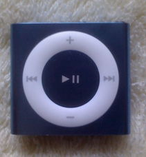 ...一部ipod MP3,成色很新的,懂得进,有需要和喜欢的朋友进