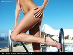 游泳池边的裸体美女图片图片 158382