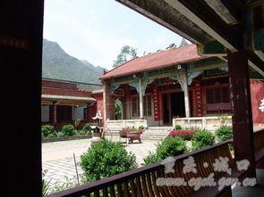 位于重庆市城口县鸡鸣乡永定山下... 相传汉光武帝刘秀路经正在修建的...