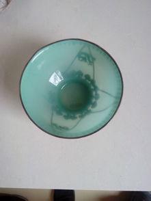 天府纹银玉碗有绿色的嘛