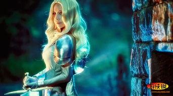 剑起龙成-原标题:神威《大剑》迪妮莎COS 抡起你的大剑一决高下   COS我们...