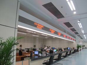 ...市行政服务中心大厅内部(   ) -福州市行政服务中心叫响 马上就办 ...