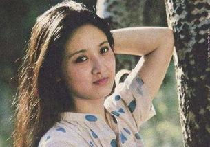 胤川和rara是恋人吧-后邓婕被分配到四川省川剧院工作.   她在一边默默关注着,或许这就...