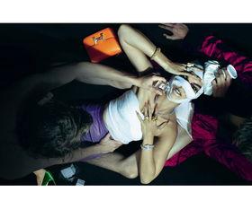 零号傀师-杂志   法国版2010年12月号大片   主编卡琳·洛菲德 (Carine Roitfeld...