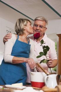 如何吻男人让男人上瘾