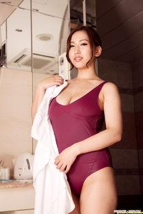 ...肥臀 紧身包臀连体衣 性感迷人大尺度美女图集 性感美女 美桌图片库