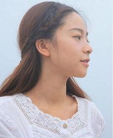 中分刘海编发发型一直是森女们的心头好,简单的编发-韩式无刘海中...